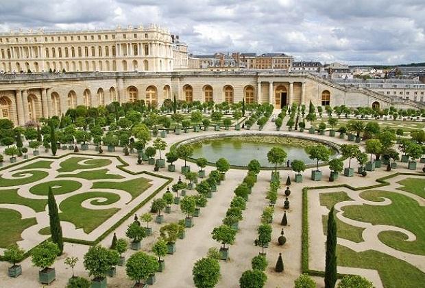 El palacio de versalles convertido en hotel de lujo for Hoteles de lujo en venecia