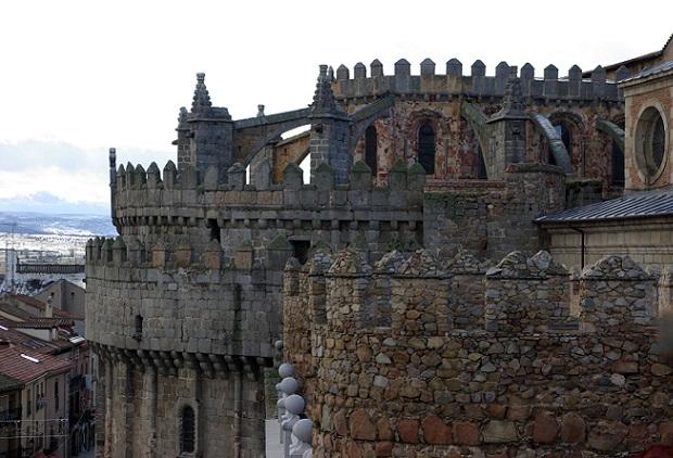 Conocer la catedral del salvador en vila - Arquitectos en avila ...