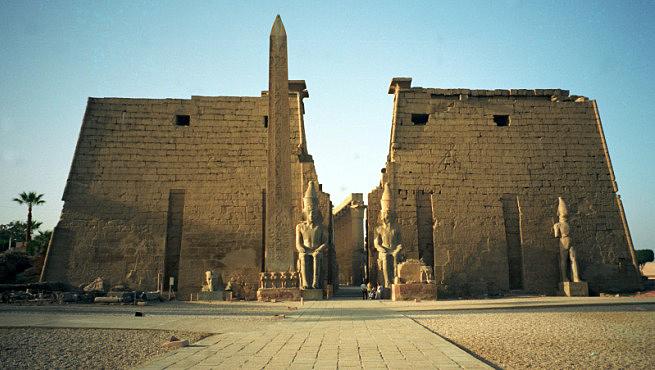 Resultado de imagen de templo de luxor egipto