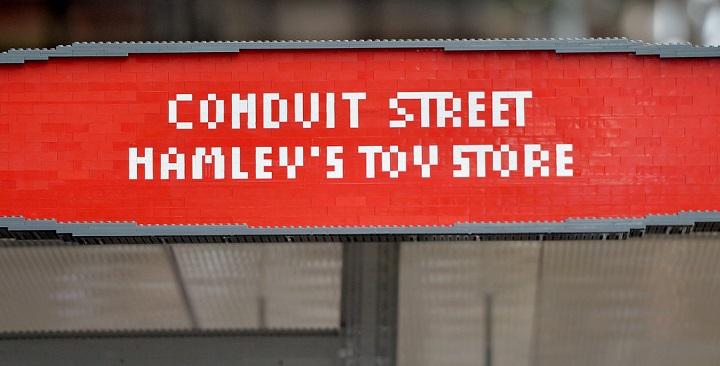 Parada bus LEGO Londres1