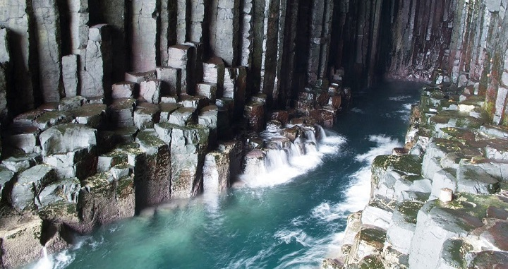 Cueva Fingal Escocia