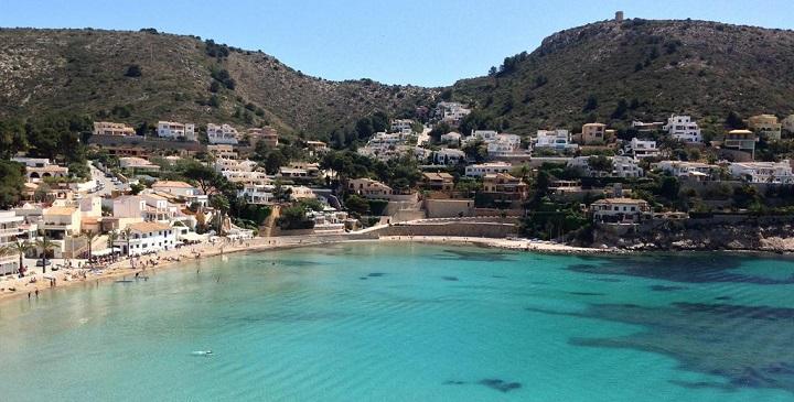 1ccd06642c584 Seguimos en Alicante para hablarte de la playa de El Portet