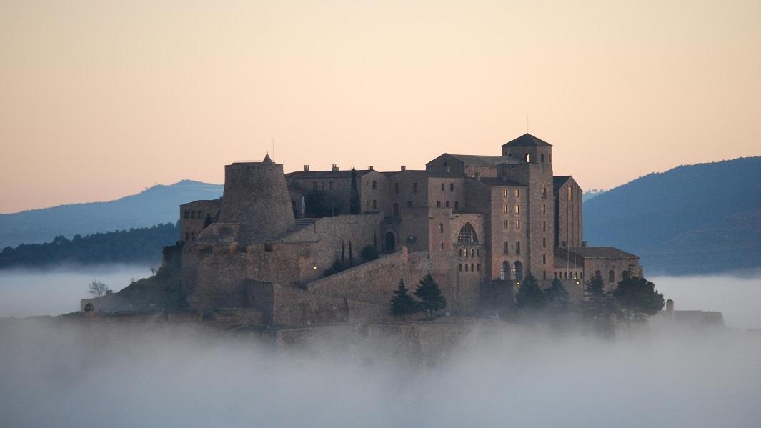 Bonitos Hoteles Situados En Castillos En Espa A
