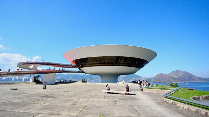 Museo de Arte Contemporaneo Niteroi