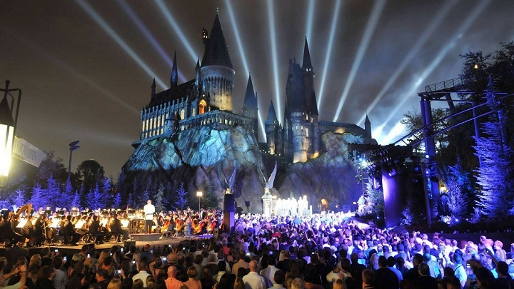 The Wizarding World of Harry Potter Hollywood1