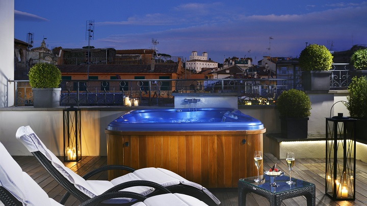 The First Luxury Art Hotel Roma