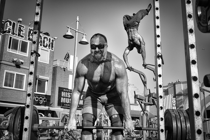 Muscle Beach Gym