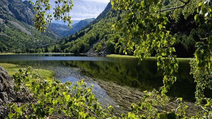 aiguestortes-i-estany-de-sant-maurici-foto1