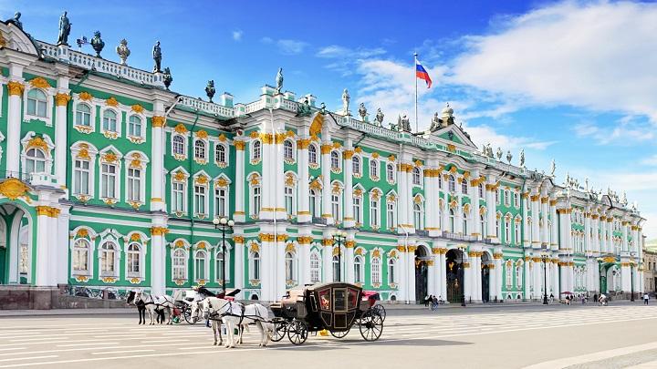 museo-del-patrimonio-nacional-y-palacio-de-invierno