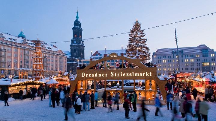 Striezelmarkt-de-dStriezelmarkt-de-Dresde1