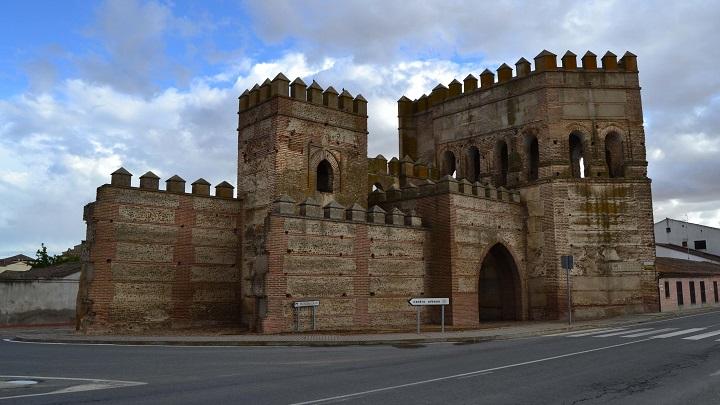 Madrigal-de-las-Altas-Torres