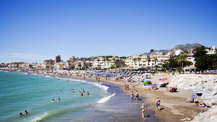 Playa-de-la-Carihuela1