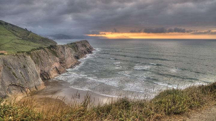 Playa-de-Itzurun-foto1