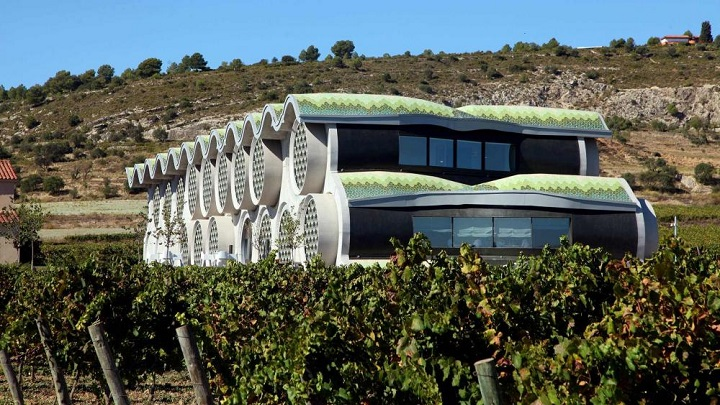 Cava-and-Hotel-Mastinell