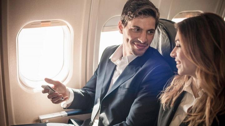 pareja-avion