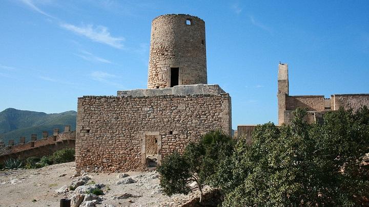 Castillo-de-Capdepera