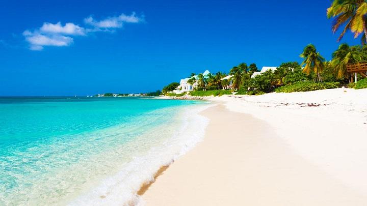 Seven-Mile-Beach-Gran-Caiman