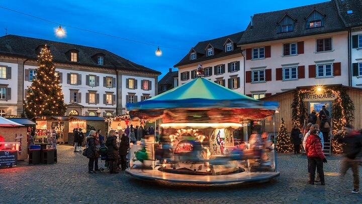 Rapperswil-Jona-Market-Navidad
