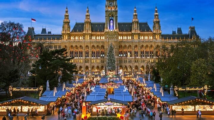 Rathausplatz-Market-Navidad