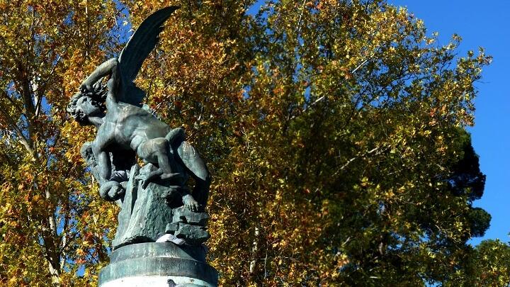 Monumento-Angel-Caido