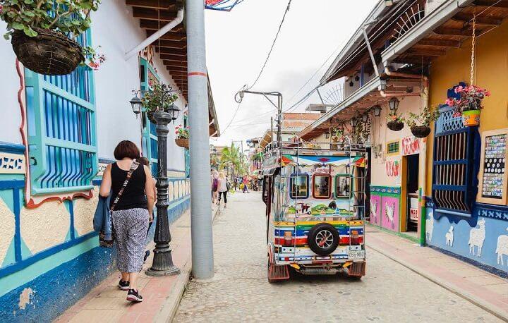 Guatape-calle
