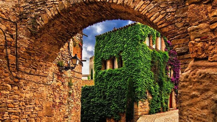 Peratallada-Girona