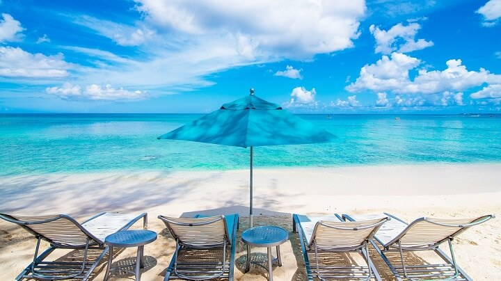 playa-aguas-cristalinas