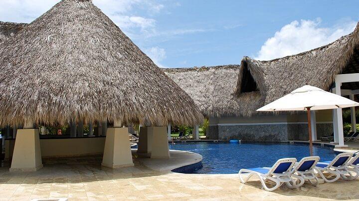 hotel-de-lujo-piscina